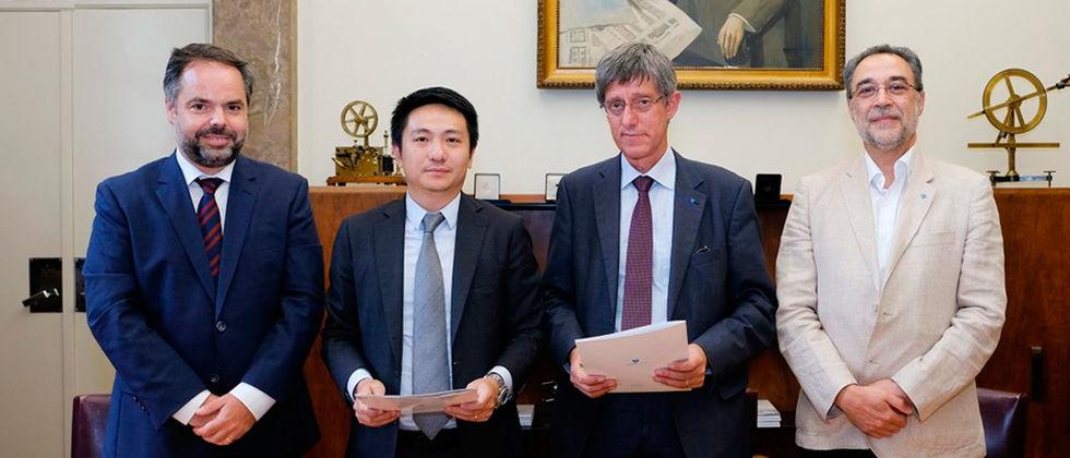 Instituto Superior Técnico assina parceria com a Huawei para apoiar a formação de engenheiros de telecomunicações