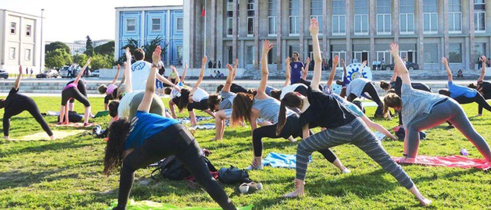 Estudantes preparam-se para o Stress dos Exames com aulas do Yoga