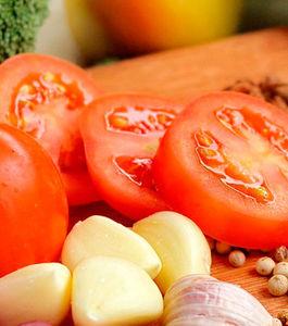 Sabia que há alimentos capazes de prevenir o cancro?