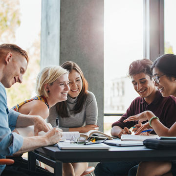 Erasmus+ | Cursos de língua Estrangeira para alunos Erasmus que irão participar do Programa no 2º semestre 19/20